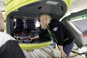 Stine Ness i nytt helikopter på Førde